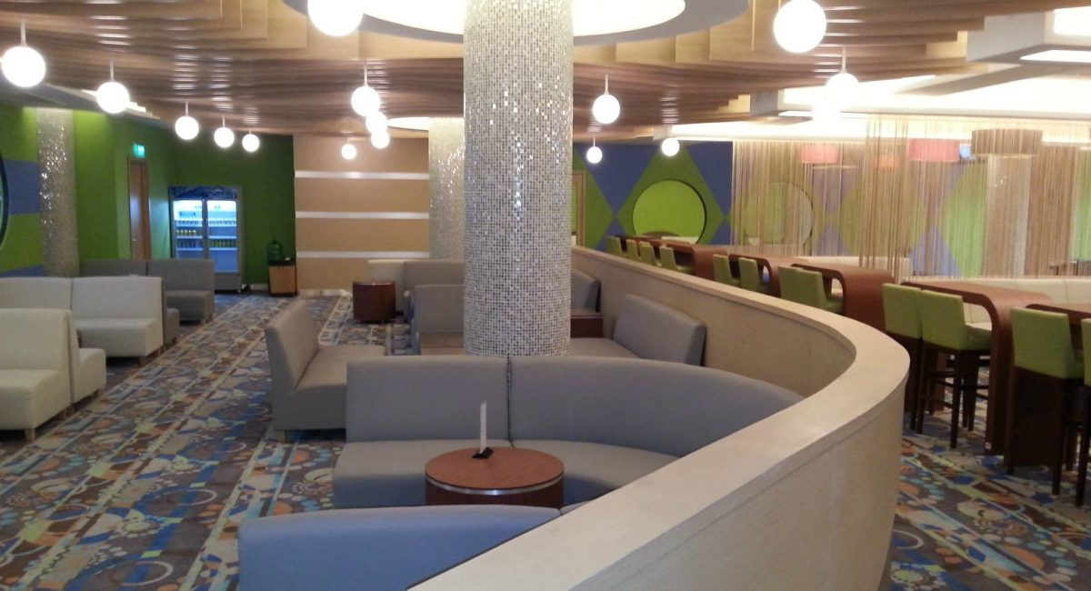 Bowling Alley FEC Lounge