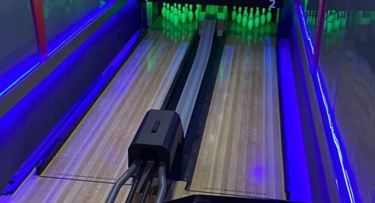 Legendary Strikes Rollerball Mini Bowling 3